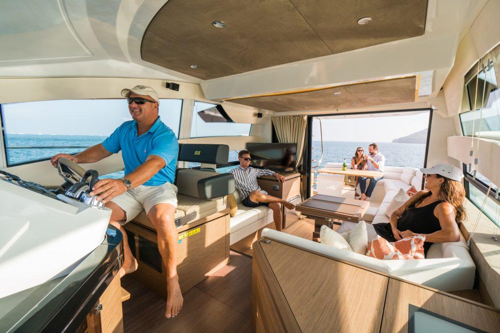 barco beneteau gran turismo ibiza